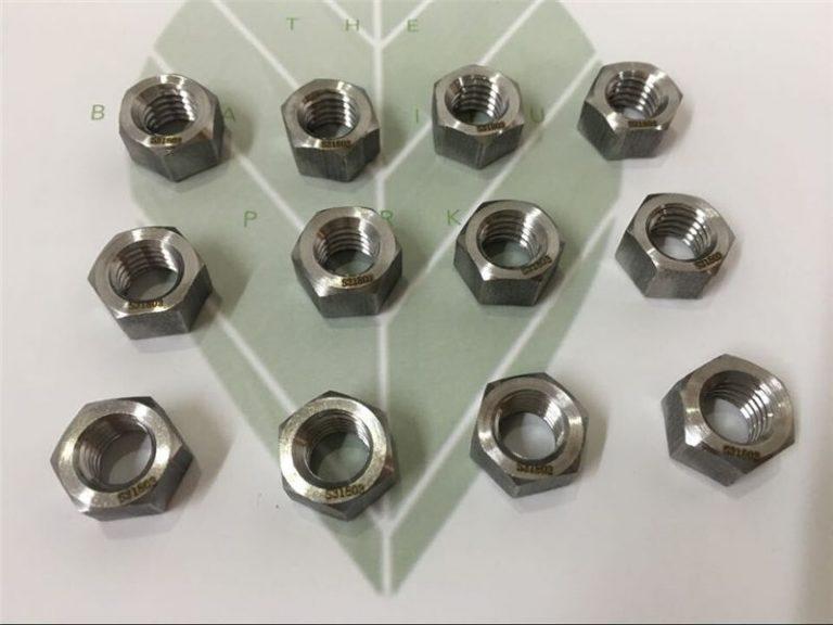 डुप्लेक्स 2205 a182 f51 uns s31803 en1.4462 hex bolt din933 बांधनेवाला पदार्थ
