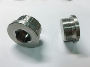 कस्टम बनाया स्टेनलेस स्टील की अंगूठी बोल्ट के साथ एस एस कुंजी की अंगूठी