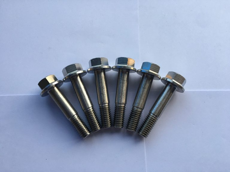 डाइन 7504 सुडिन 7504 सुपर डुप्लेक्स एफ 55 स्टेनलेस स्टील हेक्सागन निकला हुआ किनारा सिर स्व-ड्रिलिंग पेंच