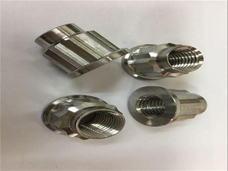 बांधनेवाला पदार्थ OEM और ODM निर्माता मानक स्टेनलेस स्टील स्क्रू नट और बोल्ट फैक्टरी चीन