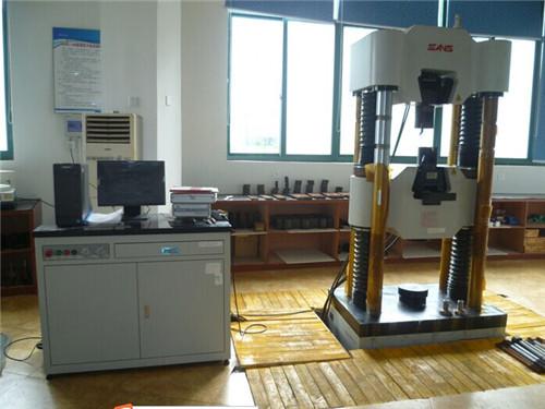 यूनिवर्सल टेस्टिंग मशीनरी